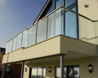 glass-railings-1