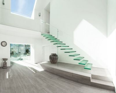 glass-stairs-3